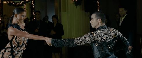 確かに社交ダンス